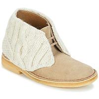 Skor Dam Boots Clarks DESERT BOOT Sandfärgad