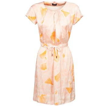 textil Dam Korta klänningar Kookaï VOULATE Rosa / Gul