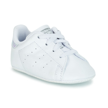 Skor Flickor Sneakers adidas Originals STAN SMITH CRIB Vit