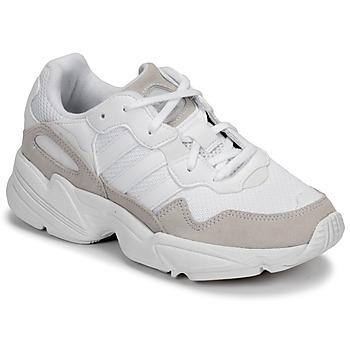 Skor Barn Sneakers adidas Originals YUNG-96 J Beige