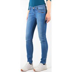 textil Dam Skinny Jeans Wrangler Jeansy  Courtney Skinny W23SJJ58V