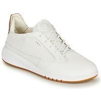 Skor Dam Sneakers Geox D AERANTIS Vit