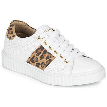 Skor Flickor Sneakers Bullboxer LORIS Vit / Leopard
