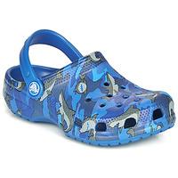 Skor Pojkar Träskor Crocs CLASSIC SHARK CLOG Blå