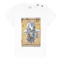 textil Pojkar T-shirts Catimini LARIBI Vit