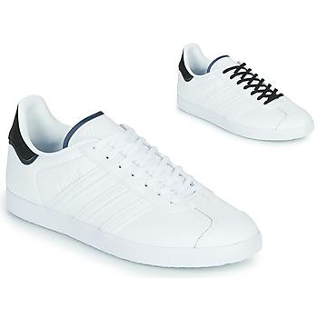 Skor Sneakers adidas Originals GAZELLE Vit