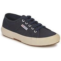 Skor Sneakers Superga 2750 CLASSIC Marin