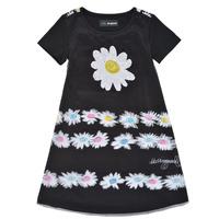 textil Flickor Korta klänningar Desigual 21SGVK28-2000 Svart