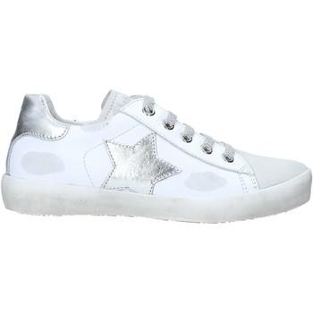 Skor Barn Höga sneakers Naturino 2014752 02 Vit