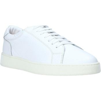 Skor Herr Sneakers Marco Ferretti 210344MF Vit