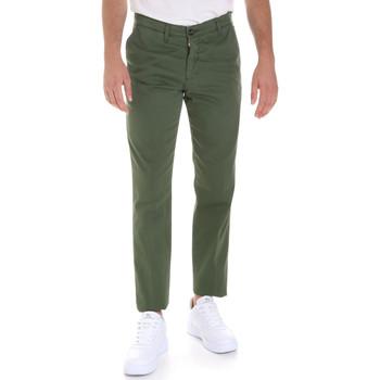 textil Herr Chinos / Carrot jeans Les Copains 9U3320 Grön