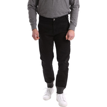 textil Herr Chinos / Carrot jeans Gaudi 62BU20001 Svart