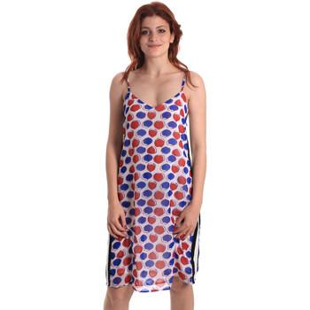 textil Dam Korta klänningar Fornarina BE178D82CA0676 Vit