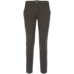 textil Dam Chinos / Carrot jeans NeroGiardini A760020D Svart
