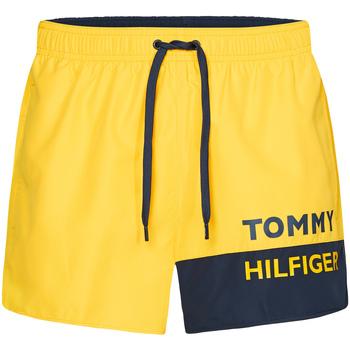 textil Herr Badbyxor och badkläder Tommy Hilfiger UM0UM01683 Gul