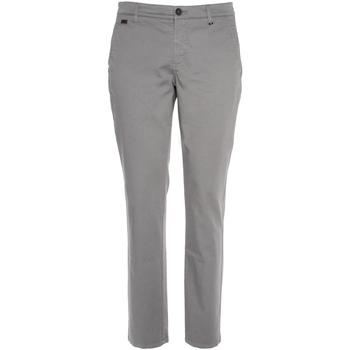 textil Herr Chinos / Carrot jeans NeroGiardini P870105U Grå