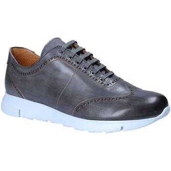 Skor Herr Sneakers Exton 332 Grå