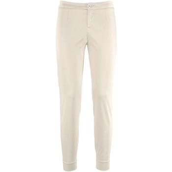 textil Dam Chinos / Carrot jeans NeroGiardini P960510D Beige