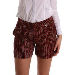 textil Dam Shorts / Bermudas Gaudi 73BD25209 Svart