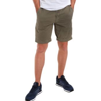 textil Herr Shorts / Bermudas Gaudi 011BU25023WC Grön