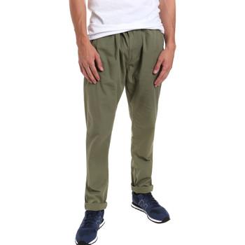 textil Herr Chinos / Carrot jeans Gaudi 011BU25015 Grön