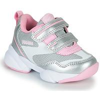 Skor Flickor Sneakers Primigi SUZZI Silver / Rosa