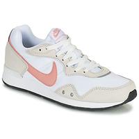 Skor Dam Sneakers Nike NIKE VENTURE RUNNER Vit / Rosa