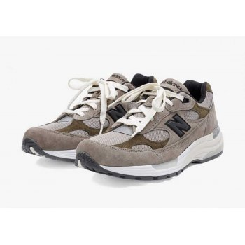 Skor Sneakers New Balance JJJJound x New Balence 992 Beige Beige - Grey