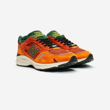 Skor Sneakers New Balance M920 x SNS Sports World Orange/Black