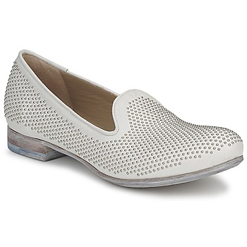 Skor Dam Loafers Strategia CLOUPI Vit