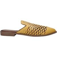 Skor Dam Träskor Bueno Shoes 21WN0103 Gul