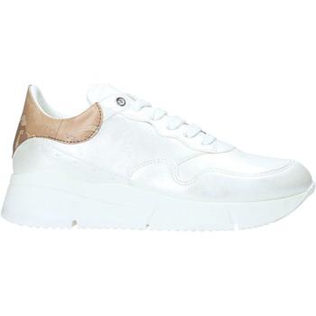 Skor Dam Sneakers Alviero Martini P947 506A Vit