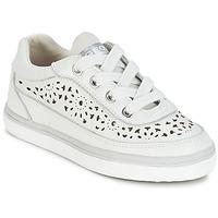 Skor Flick Sneakers Geox CIAK G. H Vit