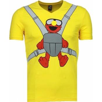 textil Herr T-shirts Local Fanatic Baby Bear Roliga MG Gul