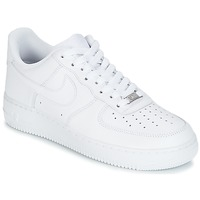 Skor Herr Sneakers Nike AIR FORCE 1 07 Vit