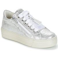 Skor Flick Sneakers Primigi RAPATITE Silver