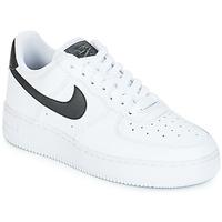 Skor Dam Sneakers Nike AIR FORCE 1'07 W Vit / Svart